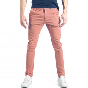 Мъжки розов панталон с малки детайли по плата