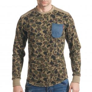 Мъжка блуза светло зелен камуфлаж  със син джоб