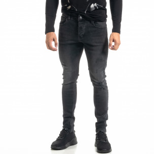 Мъжки черни дънки с леки прокъсвания