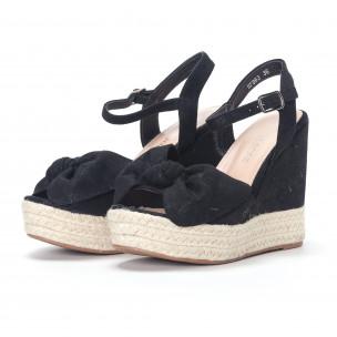 Дамски черни сандали на платформа 2