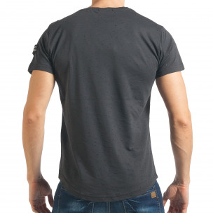 Мъжка тъмно сива тениска Slim fit с малки прокъсвания  2