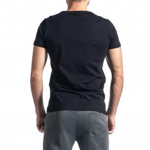 Мъжка черна тениска с релефен принт  2