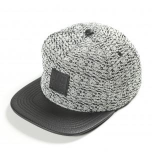 Бяло черна шапка Black Codes
