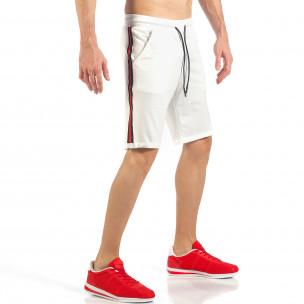 Мъжки бели шорти с черно-червен кант  2