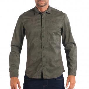 Regular риза в зелено с дребен десен