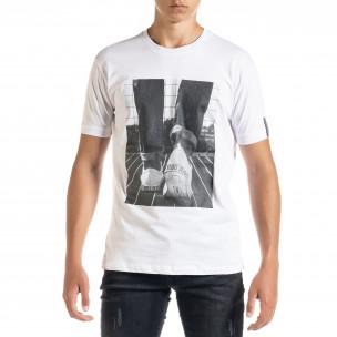 Бяла мъжка тениска с принт