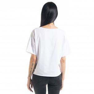 Loose fit дамска тениска в бяло 2