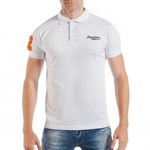 Бяла мъжка тениска тип поло шърт с номер 32