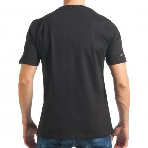 Мъжка черна тениска с декоративни скъсвания  2