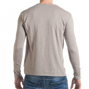 Мъжка сива блуза с остро деколте 2