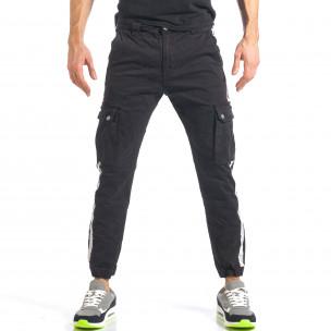 Мъжки черен карго панталон с ленти отстрани