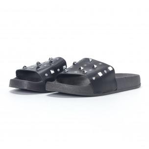 Дамски черни чехли с камъчета и пирамидени капси 2