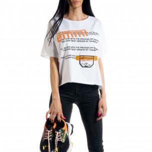 Loose fit дамска тениска в бяло