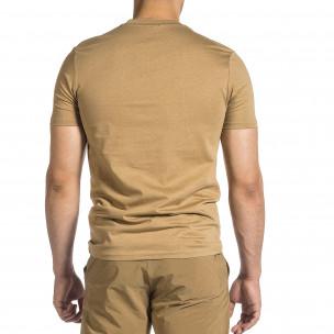 Мъжка бежова тениска с гумиран принт  2
