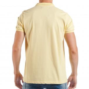 Мъжка тениска с яка basic модел в жълто 2