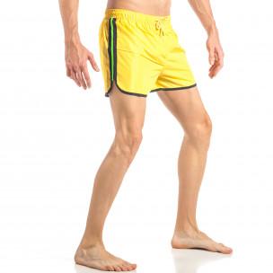 Мъжки жълт бански с неоново зелени ленти  2