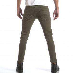 Мъжки зелени дънки със скъсвания и кръпки  2