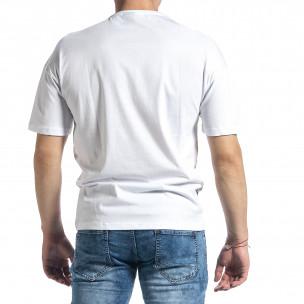 Бяла мъжка тениска с колоритен принт 2