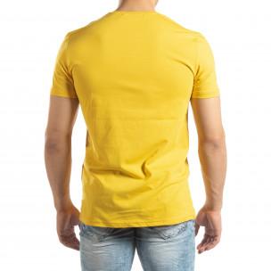 Мъжка жълта тениска с неонови апликации 2