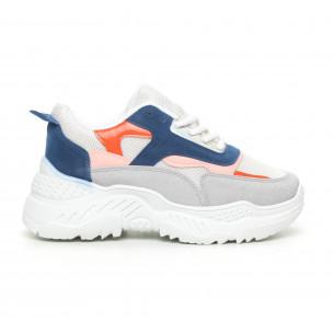 Бели дамски маратонки с цветни детайли