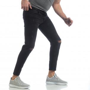 Еластични мъжки дънки Slim fit в черно