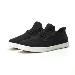 Мъжки леки спортни обувки в черно  2