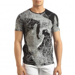 Мъжка тениска в черно с фигурален принт