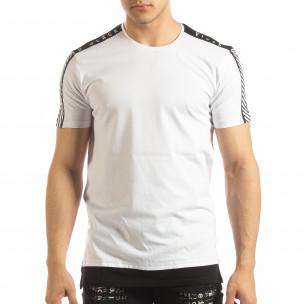 Бяла мъжка тениска с черно удължение  2