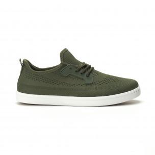 Мъжки леки спортни обувки в милитъри зелено
