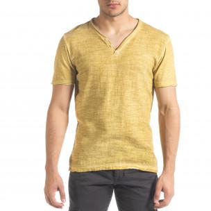 Мъжка тениска от памук и лен цвят горчица