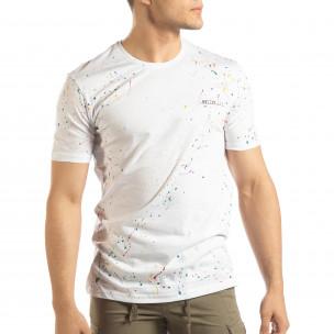 Бяла мъжка тениска с пръски боя