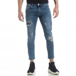 Сини мъжки дънки с принт кръпки  2