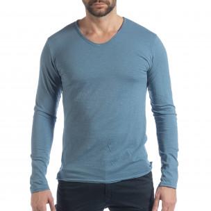Мъжка блуза V-neck в синьо