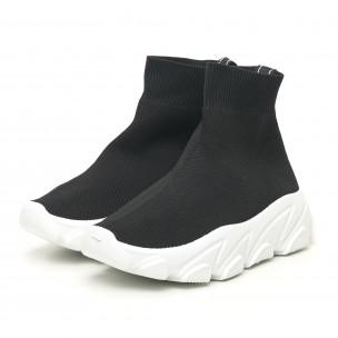Дамски черни маратонки тип чорап с бяла подметка  2