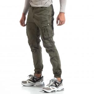 Зелен мъжки панталон с ципове на джобовете