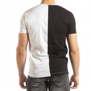 Мъжка тениска в черно и бяло с принт 2