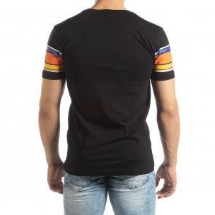 Мъжка черна тениска с цветни райета 2