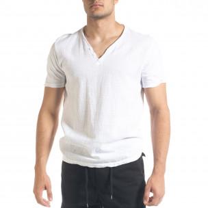 Бяла мъжка тениска от памук и лен