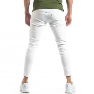 Бели мъжки дънки с прокъсвания  2