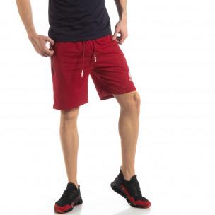 Мъжки спортни шорти в тъмно червено