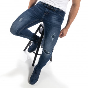 Мъжки сини дънки с ефектни кръпки Slim fit