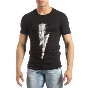 Мъжка тениска в черно с гумиран принт