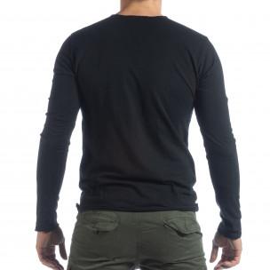 Мъжка блуза V-neck в черно  2