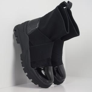 Slip-on дамски черни боти с груба подметка
