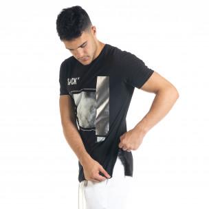 Мъжка черна тениска с цип и сребрист принт