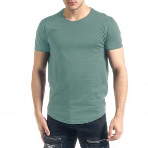 Basic мъжка тениска в пастелно зелено