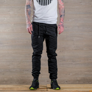 Лек мъжки панталон в черно тип джогър  2