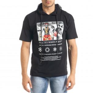 Черна мъжка тениска с принт и качулка