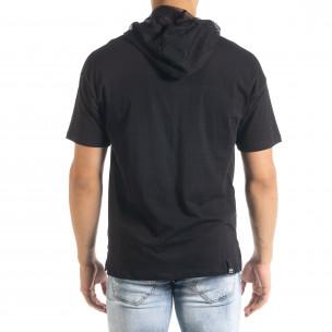 Черна мъжка тениска с принт и качулка 2