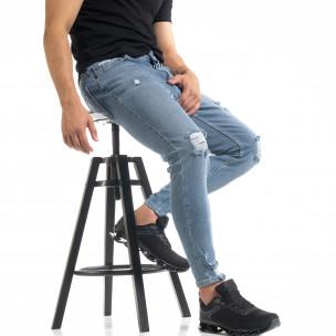 Slim fit мъжки сини дънки с прокъсвания и кръпки KA7